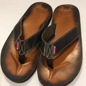 15510279e14 GentlyUsed LEVIS Men s Slipper  Sandal. Size 11